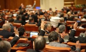 deputatii-au-aprobat-revizuirea-constitutiei-cu-privire-la-parlamentul-unicameral-138813[1]